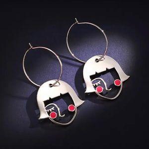 Jewelry - ❤️ Abstract Art Earrings